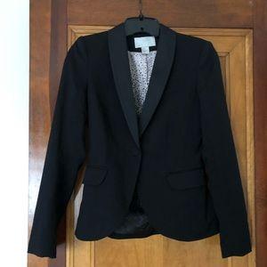 Black classic blazer.